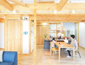 サイエンスホーム八戸の3つの人気のヒミツ|02:環境とお財布にやさしいダブル断熱で冬でも驚きの暖かさ