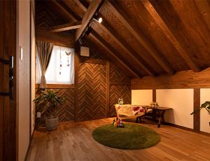 サイエンスホーム八戸展示場3つのポイント|01:木の質感を大切に、自然と調和するサイエンスのひのきのおうち。