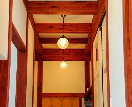 サイエンスホーム八戸|選べる木の色:マホガニー(イメージ画像)