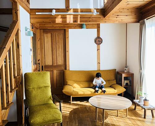 サイエンスホーム八戸|選べる木の色:ミディアムウォルナット(イメージ画像)