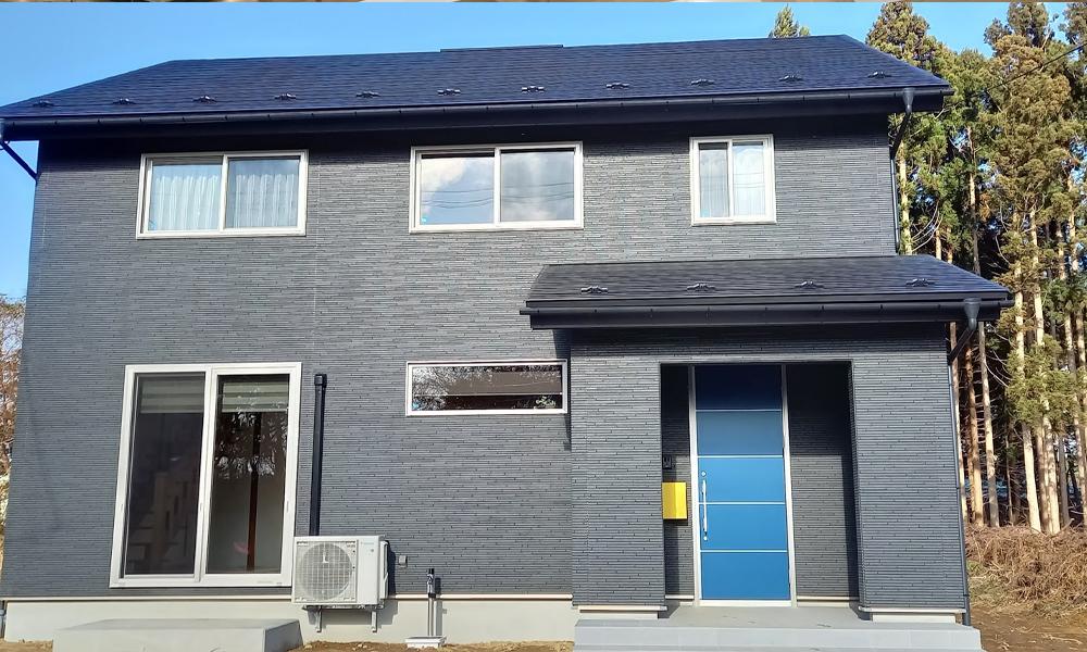 サイエンスホームの施工事例|ロフトへ続く大空間の吹抜けがある家